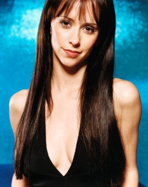 Jennifer Love Hewitt Image 10