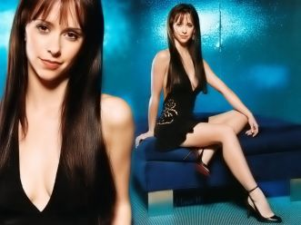Jennifer Love Hewitt Image 16