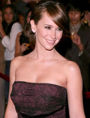 Jennifer Love Hewitt Image 17